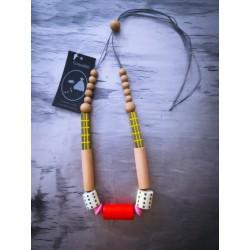 Collar Cubos Cilíndricos Coral